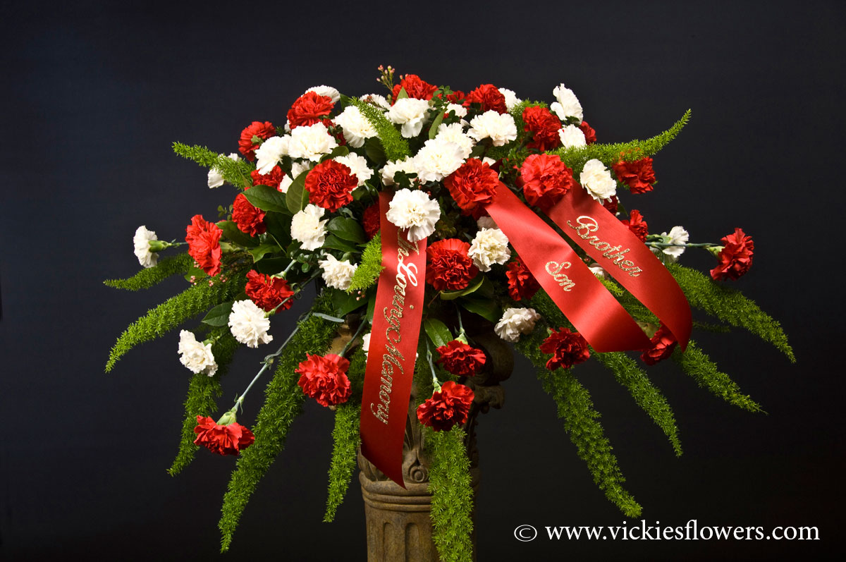 Casket Sprays Delivered Daily Vickies Flowers Brighton Co Florist