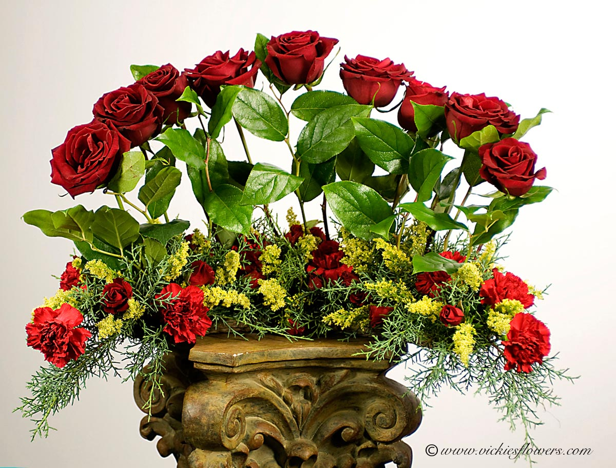 Cremation urn funeral flowers vickies flowers brighton co florist cremation funeral flowers 007 130 plus tax and delivery red wreath for urn with 9 red roses red carnations and yellow solidago izmirmasajfo Choice Image