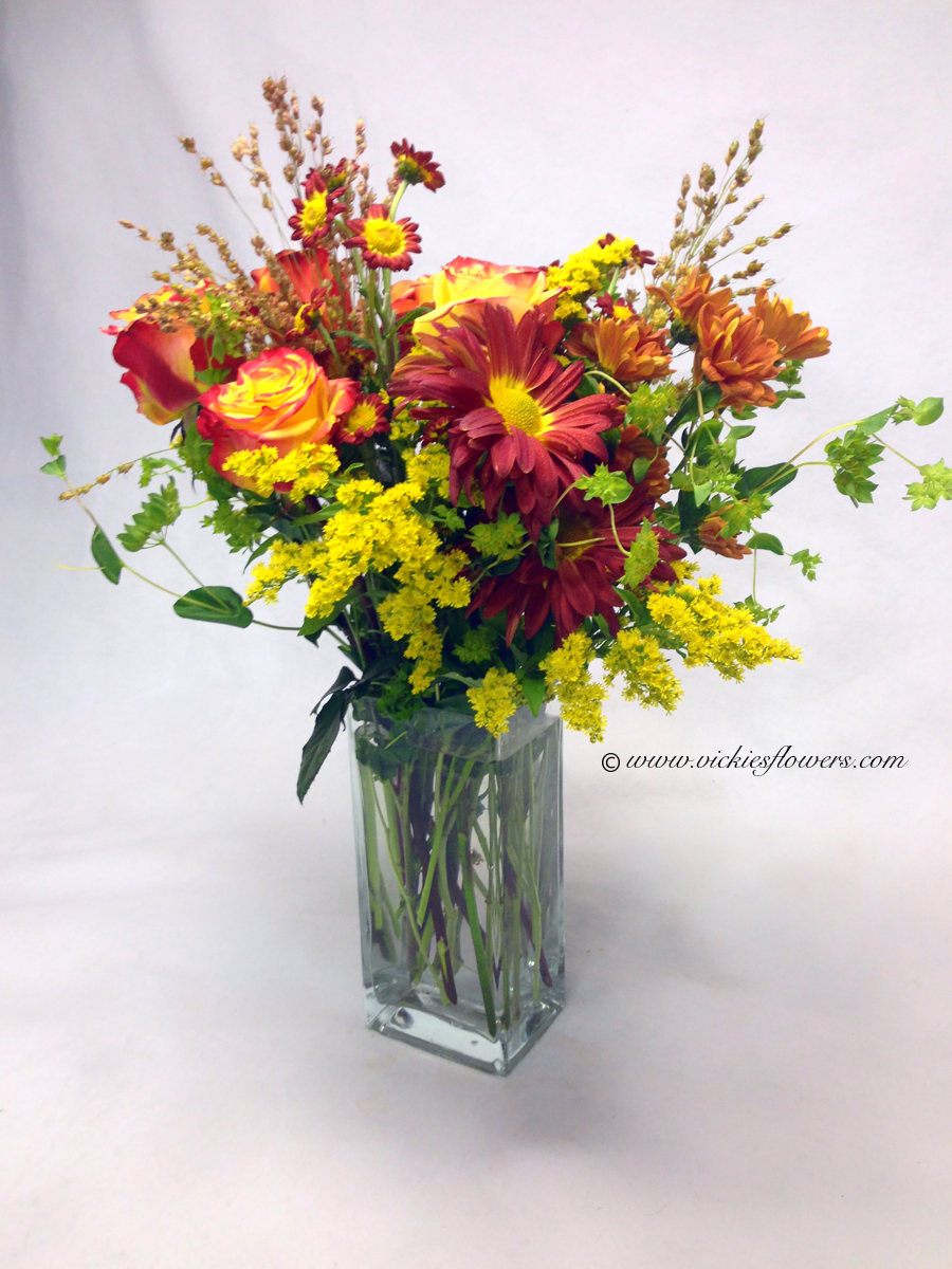 Fall Flowers 002 75 Plus Tax And Delivery Beautiful Circus Roses Yellow Soli Rover Mums Mini On