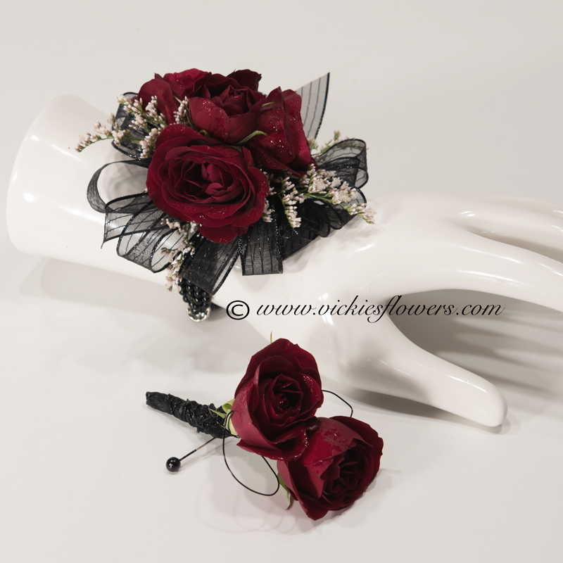 Corsage Boutonnieres Prom Homecoming Vickie S Flowers Brighton