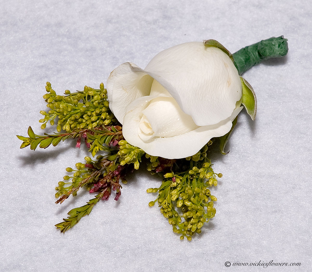 Wedding Boutonniere | Vickies Flowers | Brighton Co Florist
