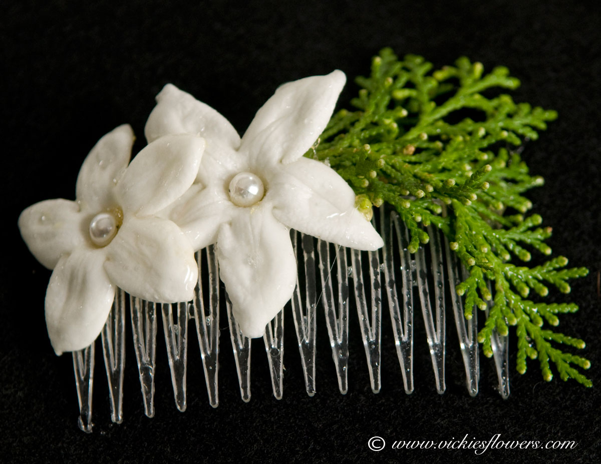 Bridal hairpieces vickies flowers brighton co florist bridal floral hairpiece 001 hair comb with white stephanotis and evergreen leaves mightylinksfo