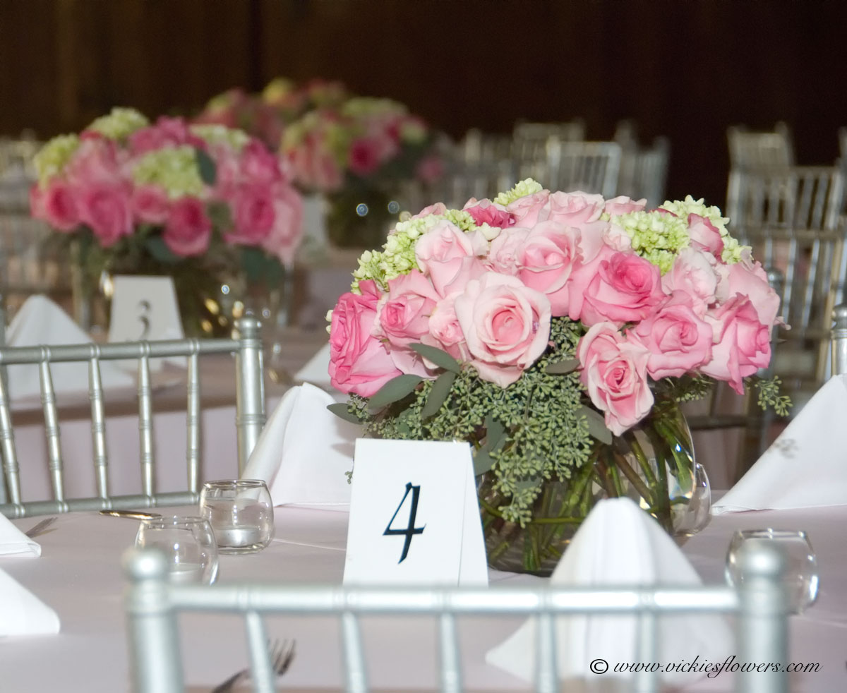 Wedding Centerpieces | Vickie\'s Flowers, Brighton Co Florist