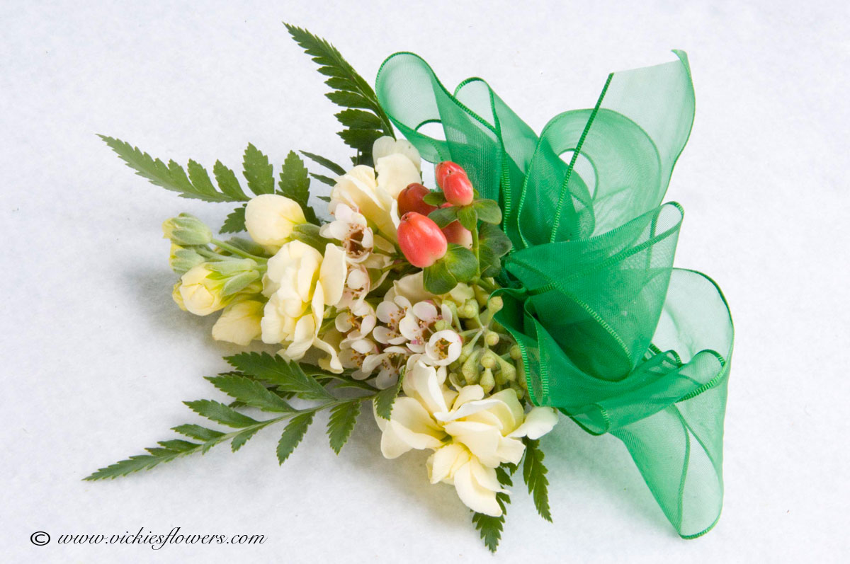 Wedding Corsages Vickies Flowers Brighton Colorado Florist