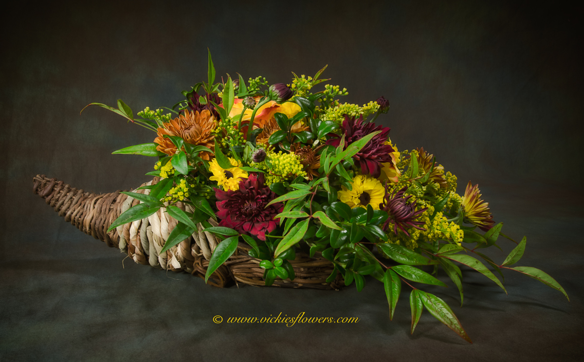 Fall, Thanksgiving Flowers | Candle Centerpieces | Vickies Flowers ...